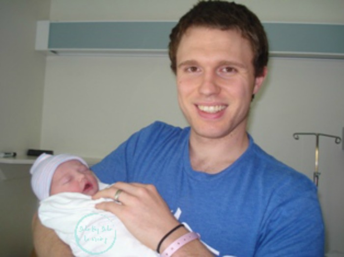 Sweets birth with dad